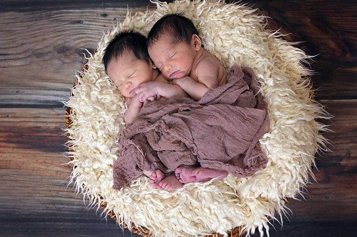 200 پریست لایت روم نوزاد و پریست کمرا راو فتوشاپ و براش لایت روم Lightroom Presets for Newborn And Baby